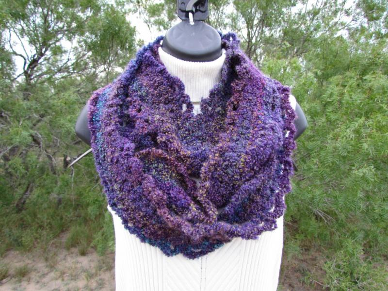 Long Narrow Infinity Scarf - Handmade - Purple - Free Worldwide Shipping